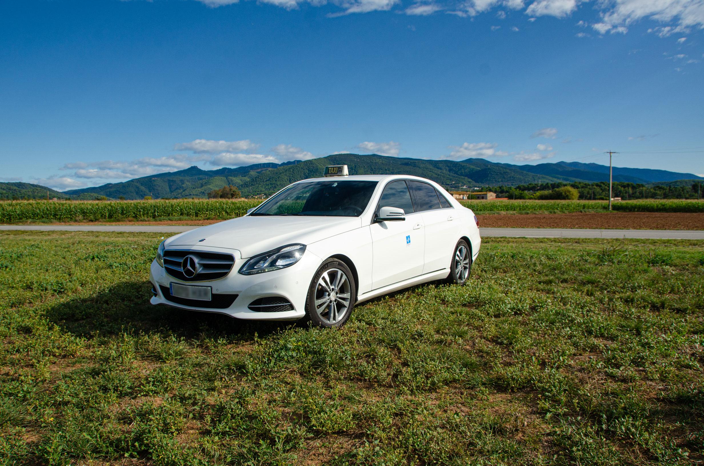 Mercedes Berlina - Ràdio Taxi Granollers Vallès Oriental